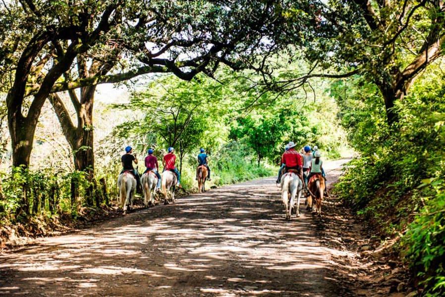 Hacienda Guachipelin Rincon de la Vieja Costa Rica Horseback riding