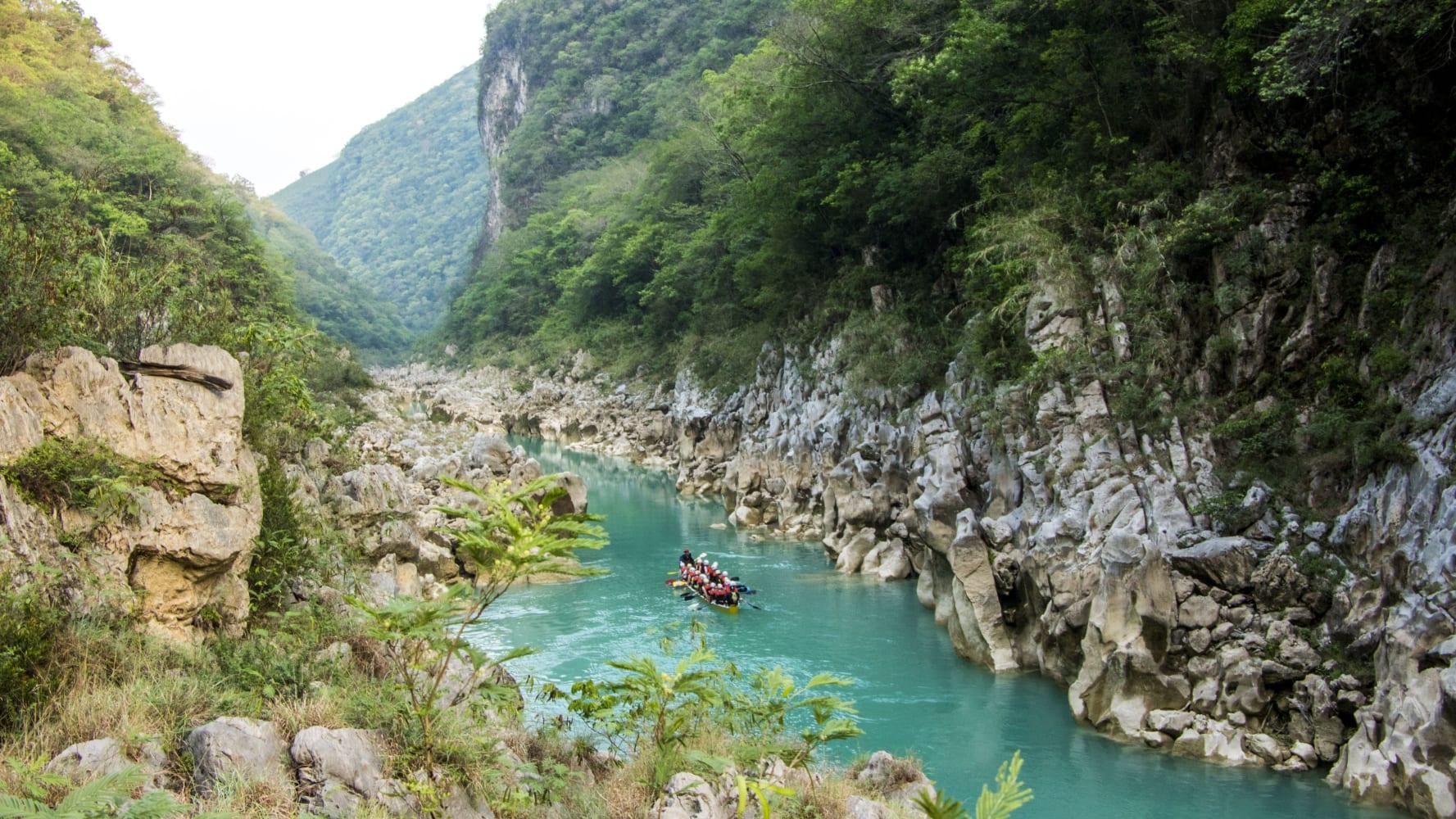 Tamul Waterfall Jdvaq8lbxpk6nn532evc