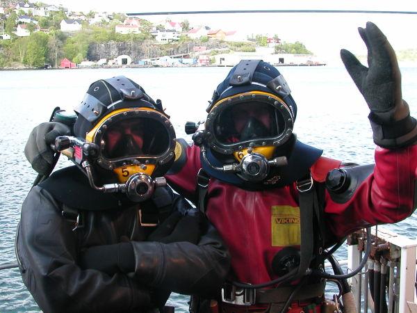 Bilde av Jens Frøne som dykker.