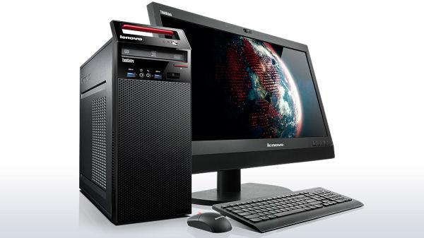 Bilde av stasjonær PC, skjerm, tastatur og mus for illustrasjon
