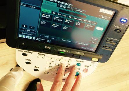 Bilde som vise arbeid med scanning.