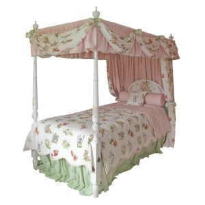 Four Poster Bed - Add a Certain Magic To Children Bedroom