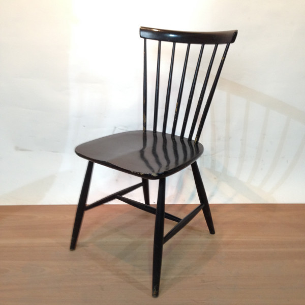 1: Wooden Chair Swedish Design