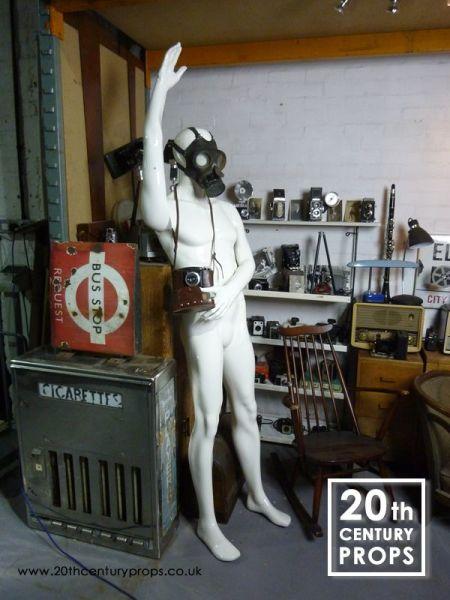 1: Male mannequin