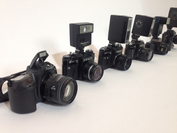 3: Paparazzi cameras with working flash units