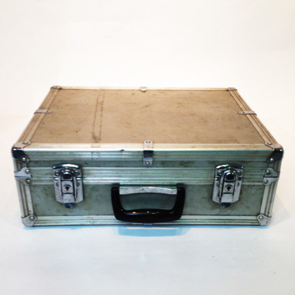 1: Metal Flight Case 2