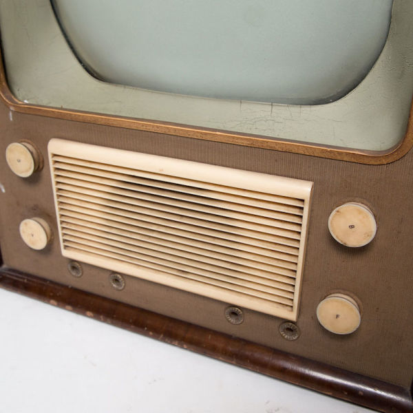 2: Non practical vintage Philips TV with wooden casing