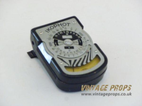 1: Vintage light meter