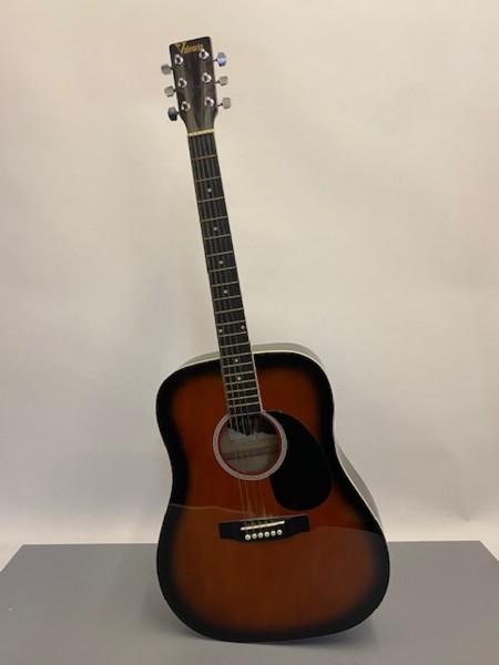 4: Acoustic Valencia guitar