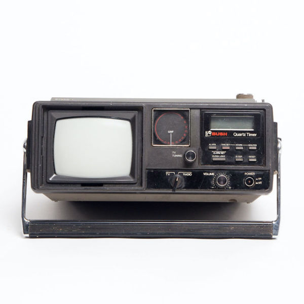 1: Fully working black Bush Quartz Timer mini portable TV/radio