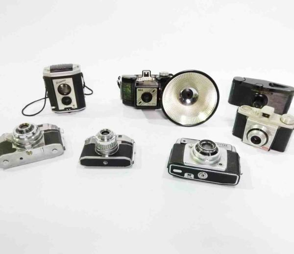 1: Retro Stylised Cameras