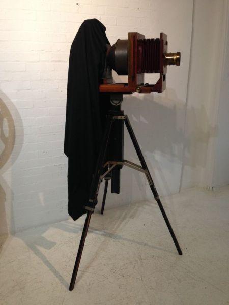 2: Vintage plate camera / projector