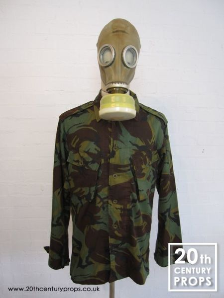 1: Military gas mask