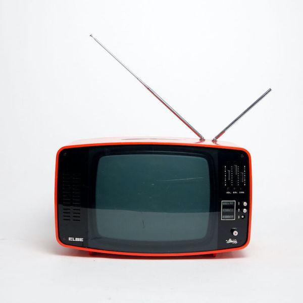 4: Non practical red Elbe 1960's retro Italian TV