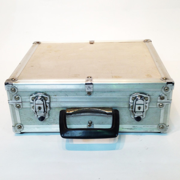 1: Metal Flight Case 3