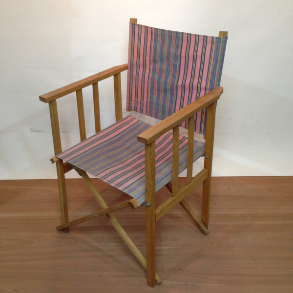 1: Pink and Blue Stripy Beach Chair