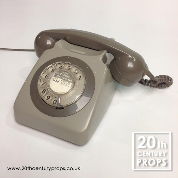 1: Retro telephone