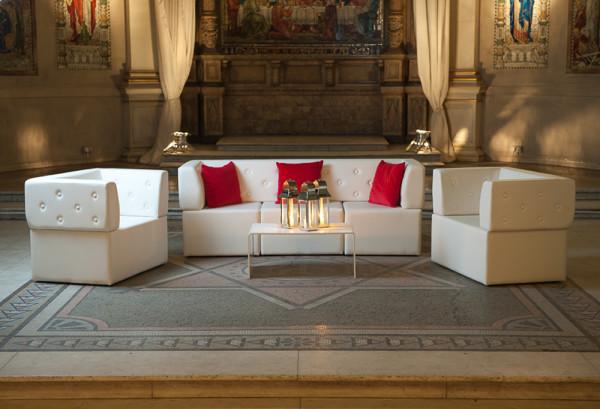 3: Button back modular sofa