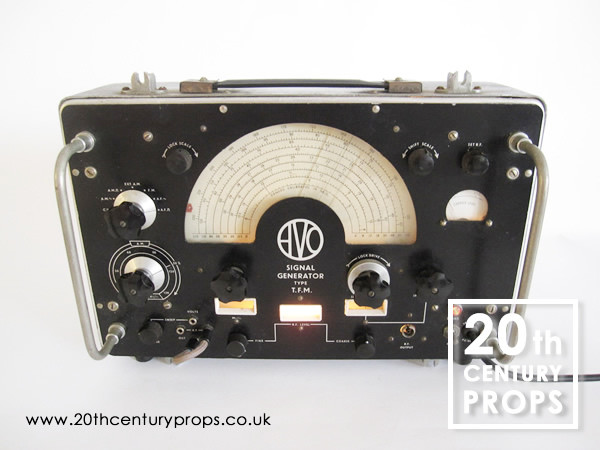 1: Signal Generator