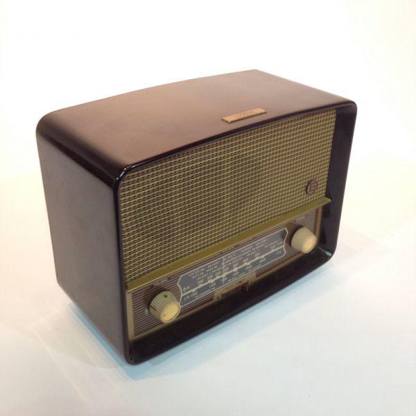 2: Vintage Radio