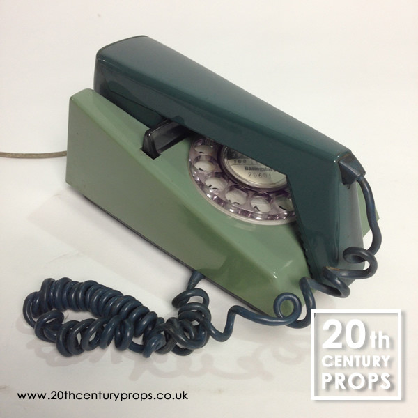 1: 1970's retro trim phone