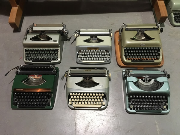 1: Vintage Typewriters