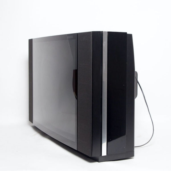 3: Non practical Bang & Olufsen BeoVision LX 5500 TV