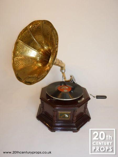 1: Vintage style Gramophone
