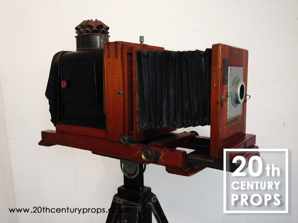 2: Vintage plate camera and tripod