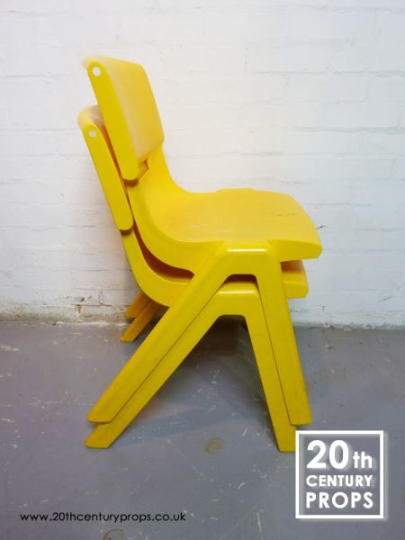 3: Retro chair