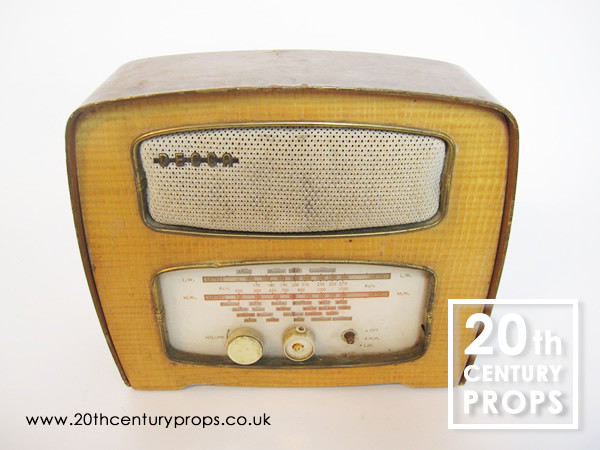 1: DECCA Vintage Radio