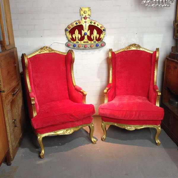 1: Red velvet and gold throne chairs
