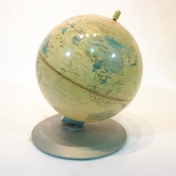 2: VIntage globe - Cream