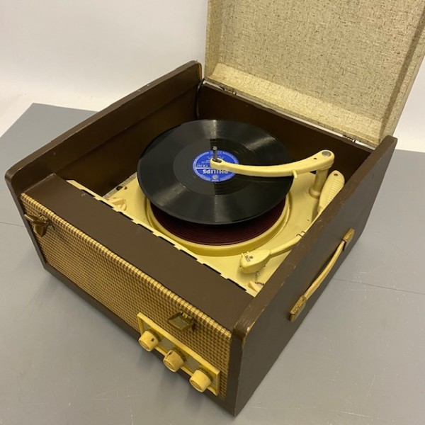 3: EKCO Vintage Record Player - fully working