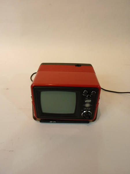 1: Red Portable Mini TV