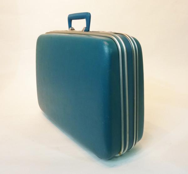 4: Turquoise Hard Shell Retro Suitcase