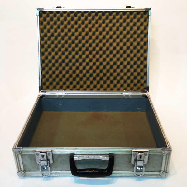 2: Metal Flight Case 2