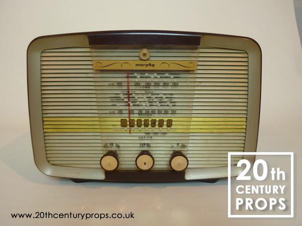 1: Vintage radio