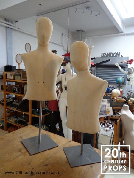 2: Male vintage mannequins on stand