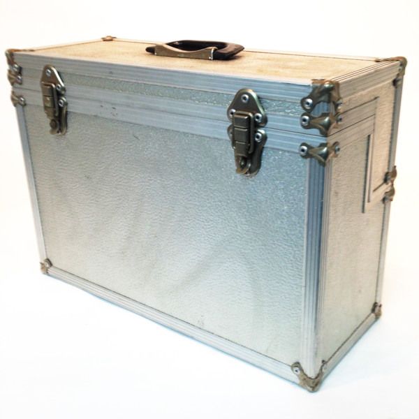 3: Metal Flight Case