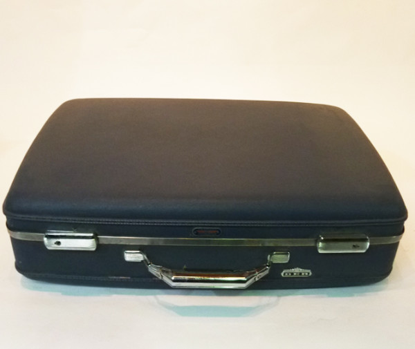 1: Dark Blue Hard Shell Retro Suitcase