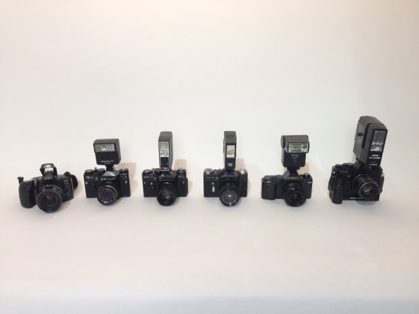 1: Paparazzi cameras with working flash units