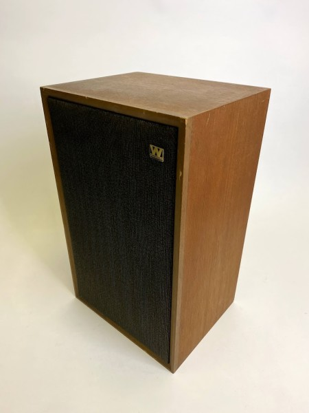 4: 2 fully working Wharfedale speakers