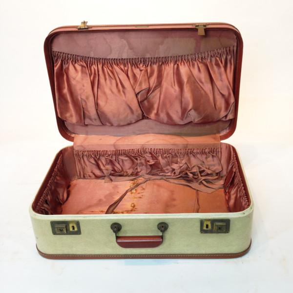 2: White with Red Trim Retro Suitcase