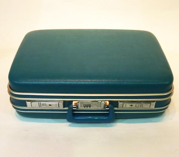 1: Turquoise Hard Shell Retro Suitcase