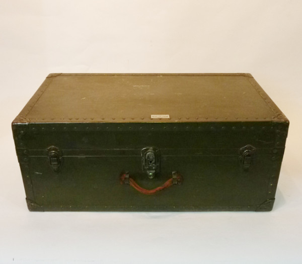 6: Green Wooden Vintage Chest