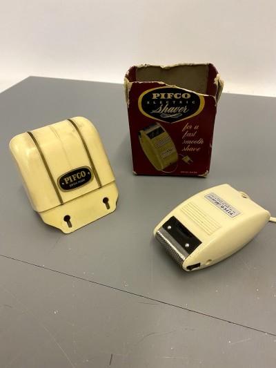 Vintage electric shaver