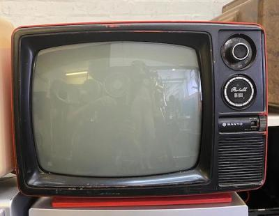 Fully working red black & white Sanyo Portable Deluxe TV