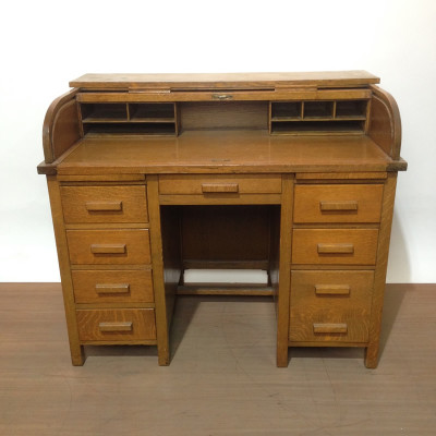 Period oak roll top desk