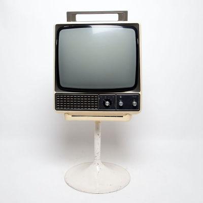 Non practical Philips cream retro TV on stand
